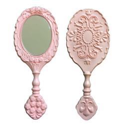 - Oval Plastik Gül Desenli Pembe Ayna