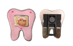 - Diş Modeli Magnetli Pembe Çerçeve