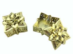 - Kutu Yıldız Ve Kare Modeli Altın
