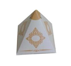 - Lokumluk Karton Piramit Desenli Gümüş