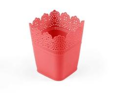 - Saksı Dantelli Plastik Kırmızı